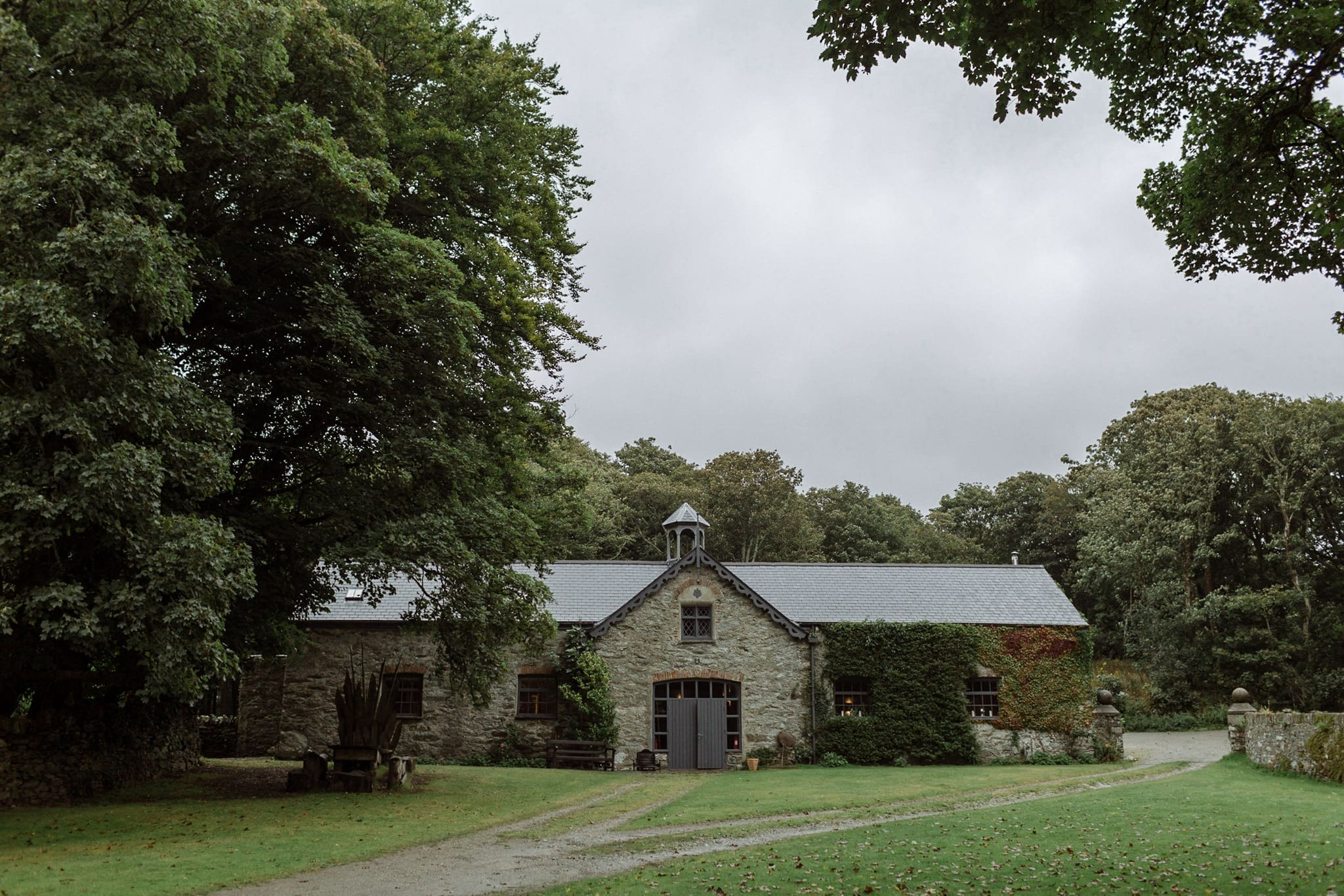 Carreglwyd Estate Barn Wedding