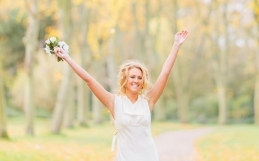 Kelly, the dress…. and autumn | Cherish the Dress Photoshoot